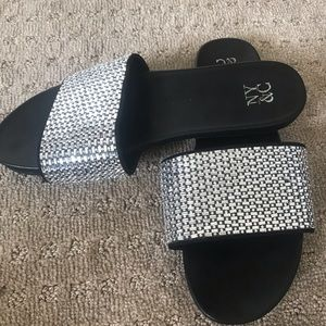Slides - by New York & Company